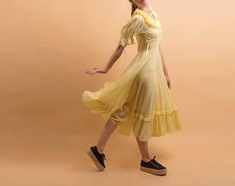 40s Swiss Dot Dress / Vintage 40s Dress / Gauzy Cotton Dress / 40s Prairie Dress Δ size: XS/S
