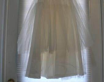 high waisted Bridal wedding dress  petticoat size small