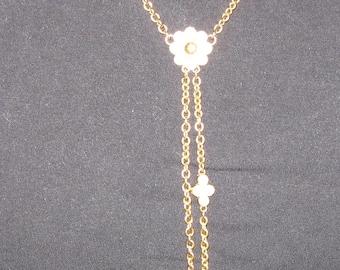 AVON Lariat Necklace - Floral Design - MIB from 1997