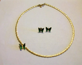 Avon Butterfly Choker Necklace Green and Blue enameled Matching Earrings circa 1978  Free Shipping in USA