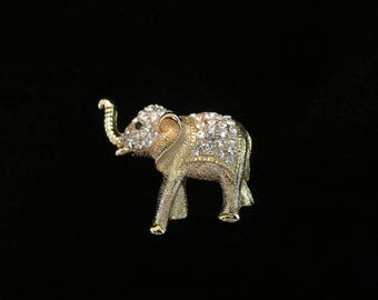 Gorgeous Vintage Rhinestone Elephant Brooch Pin Detailed Ornate Goldtone Metal Costume Jewelry