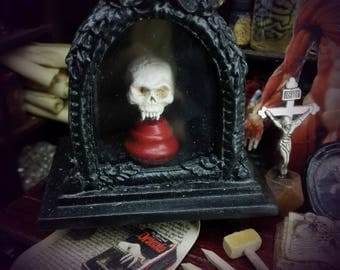 RELIQUARY VAMPIRE SKULL   miniature for dollhouses 1/12  scale.  M size Black. By D. Zalvez