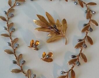 Metropolitan Museum of Art Olive Branch Jewelry Set