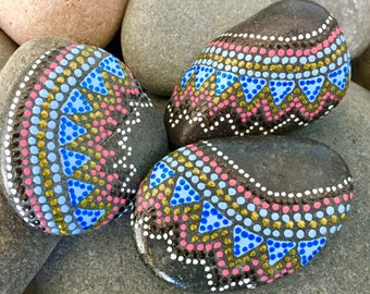 tribal trio set / painted stones/ painted rocks/ paperweights/ altar art / meditation stones/ boho art / hippie art / tribal art / rock art