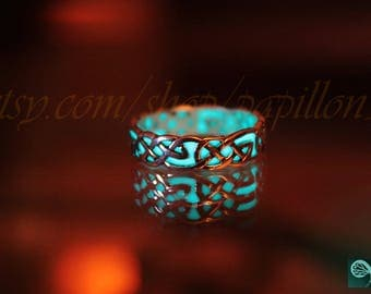 CELTIC knots sterling silver ring GLOW in the DARK
