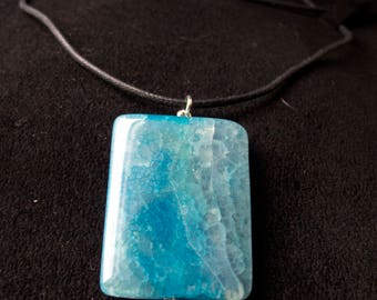 Turquoise Bead Pendant Necklace