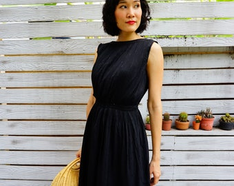 Vintage Dress/ 1980s Dress/ Vintage Japanese Dress/ Vintage Women Dress/ Vintage Black Dress / Retro/ Little Black Dress/ Pleated Dress