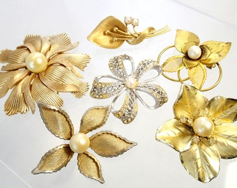 FREE Shipping Vintage Flower Brooch Lot of 6 Pins Faux and Real Pearls Rhinestone Power Gold Silver Tone Signed Trifari Hedy