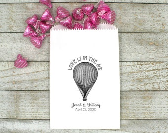 Personalized kraft favor bags, wedding cake bags, candy bags, 50, Hot air balloon, Love is in the Air, names and date, wedding favor bags