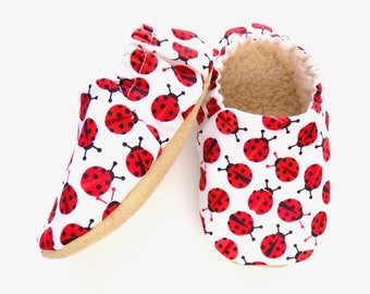 Ladybug Baby Girl Shoes, Soft Sole Shoes, Baby Girl Booties, Girl Soft Shoes, Slip On Baby Shoes, Baby Girl Gift, Available in 3 Sizes