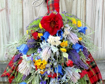 Red Tartan Scottish Wildflower Floral Swag, Scotland Thistle & Heather Wreath, English Countryside floral, Rambling Rose, Summer floral
