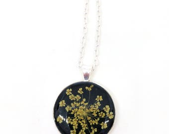 Yellow Queen Anne's Lace Resin Pendant Necklace -  Real Pressed Flower Encased in Resin, Pressed Flower Jewelry - Real Flower Jewelry