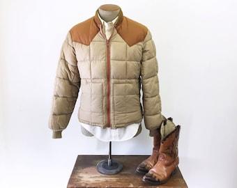 1970s Men's Western Ski Coat Vintage Brown & Tan Men's Puffy Winter Ski Jacket with Cowboy Style by Walls BLIZZARD-PRUF - Size MEDIUM