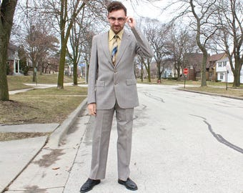 Vintage 2 Piece Pant Suit AUSTIN REED Regent Street for Marshall Field & Company Mens Modern WINDOWPANE Lightweight Wool Spring Suit Size 42