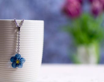 Handmade Forget-me-not single flower necklace. Comes in a gift box.