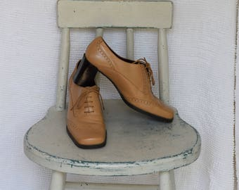 Caramel / Tan Leather 'Nine & Company' Square Toe Wing Tip Granny Shoes - Women's 8 1/2