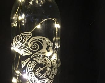 Tribal Gecko, Glass Etched into Clear Wine Bottle with LED Spring Lights
