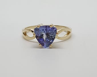 1.50 ct Trillion Solitaire Tanzanite 10kt Yellow Gold Ring Size 5