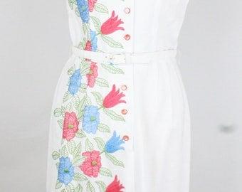 Vintage Elegant Lady Originals White Blue Pink Floral Crewel Embroidered Shirt Button Front Dress - G21-B