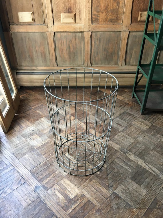 Vintage Metal Wire Basket, Industrial Basket, Industrial Storage, Mid Century Watse Basket, Metal Bin