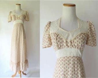 70s Maxi Dress Prairie Eyelet Cotton Paisley Print Size XS Small 1970s Hippie Boho Bohemian Festival Dress Terri Petites