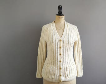 Cream cardigan // hand knitted cream cardigan // vintage knitwear // button up fishermans sweater // knitted cardigan with pockets UK 10