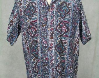 1950s Vintage Mens Hawaiian Shirt Stan Hicks Size Large Made in Honolulu