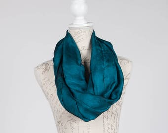blue green infinity scarf / Trendy Teal circle scarf / teal Infinity silk scarf / teal silk circle scarf/ blue green loop scarf scarf