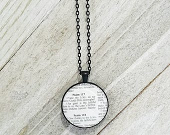 Psalm 117:1-2/Vintage Necklace Pendant/Gift for Her/Gift for mom/Gift for Wife/Christian Jewelry/Vintage Jewelry/Custom Jewelry