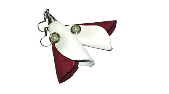 Red white leather dangle earrings