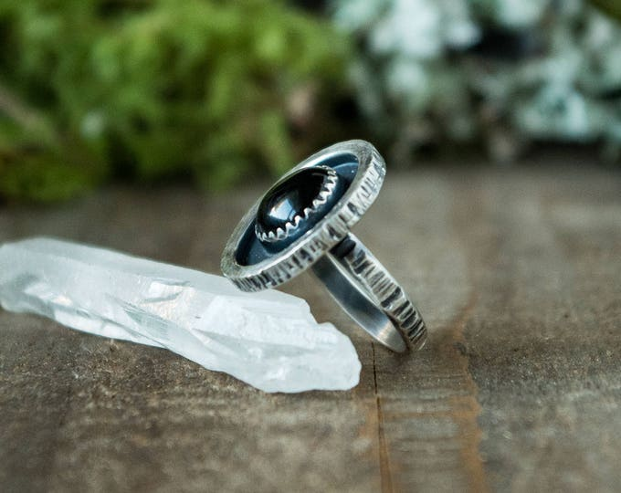 Shadow Box Ring, Sterling Silver and Round Onyx, Size 5.5