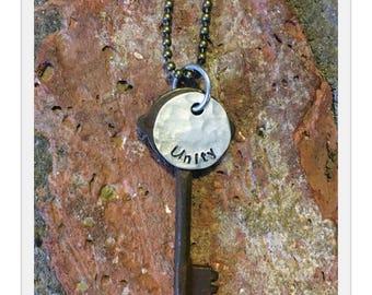 Antique Inspiring Skeleton Key Necklace - UNITY