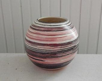 Mid Century Modern Pink and Black Round Globe Flower Pot - Modern Pink & Black Flower Vase - Mid Century Indoor Planter - Pink / Black Vase