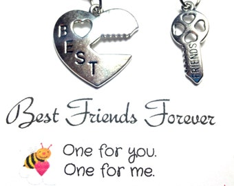 2 Best friend Necklaces, Friend Necklaces, Lock and Key Necklace Set, Best friends gifts, Friendship Jewelry, stainless steel chain