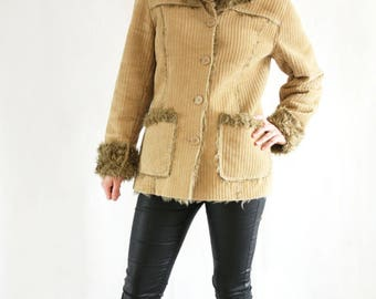 Vintage 90's Corduroy Camel Beige Jacket with Faux Fur - Medium