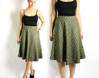 Vintage 70's  Green Black White Tartan Check Plaid High Waisted A-Line Midi Skirt - size Small