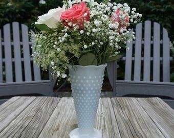 Milk Glass Large Hobnail Vase, FREE Shipping Offer, White Vase, Vintage Milk Glass, Centerpiece Decor, Wedding Flowers, Collectors piece