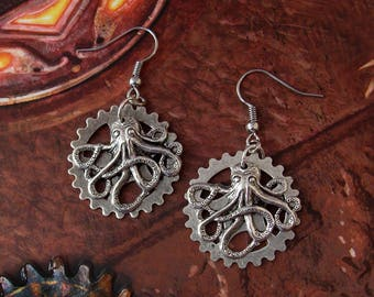 Clocktopus Earrings - Steampunk - Octopus - Kraken - Clockwork - Gear Wheel - Silver - Tentacles - Retrofuturism - Jules Verne - Nautilus