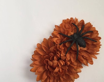 Mums The Word - Copper/Brown Mum flower hair clip with spider accent