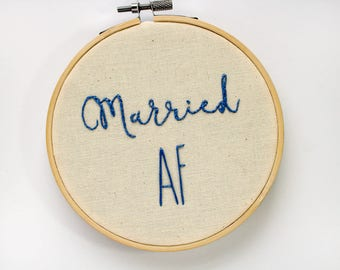 Married AF - Funny Wedding Gifts for Couples - Cotton Anniversary Gift - Just Married - Funny Wedding Signs - Gifts for Couples