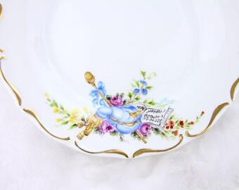 VSC Hand-Painted Dessert plate with MUSICAL DELIGHT pattern