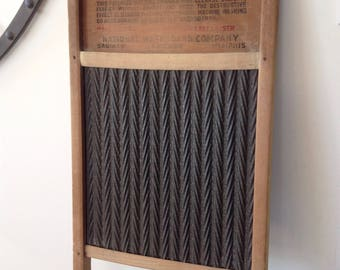 Vintage NATIONAL WASHBOARD, No. 1028 'The New Era', Rustic Farmhouse, Metal Wood Washboard