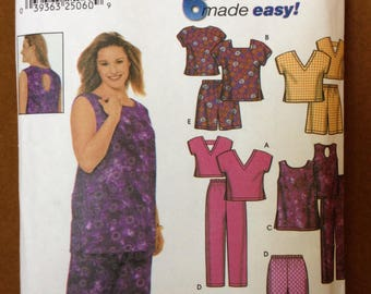 Simplicity 9772 - Easy Tops, Shorts and Pants in 6 Styles - Size 26W-32W