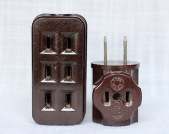 2 Vintage Bakelite Outlet Taps, Electric Plugs, 3 Way Leviton Outlet Tap, GE Electrical Wall Outlet Tap, Vintage 50s Electrical Adapters