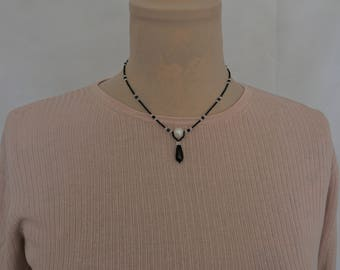 Black spinel and freshwater pearl necklace