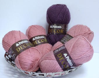 Vintage Patons Wool Pale Country Pink Aubergine Wine Yarn Large Skeins of Discontinued Yarn for Unfinished Yarn Project or One Skein Wonders