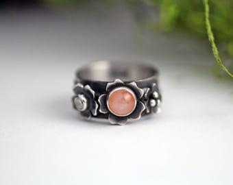 Peach moonstone flower ring