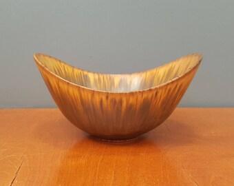 Gunnar Nylund bowl - Rörstrand - Sweden - 1960s (V147)