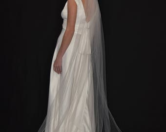 """108"""" Cathedral Veil with Pencil Edge"""