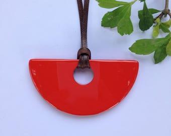 Semicircle Buffalo HORN Pendant // orange lacquer horn pendant // bijoux en corne et laque // horn jewelry // chrismas gifts [TTC064]